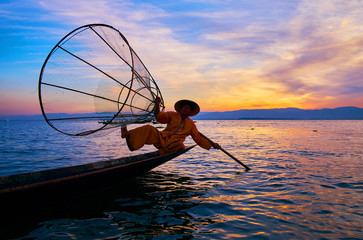 Sunset attractions on Inle Lake, Myanmar