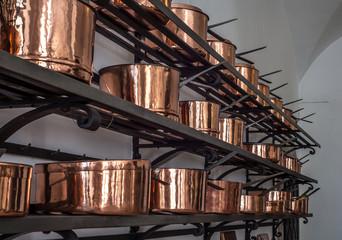 Copper kitchenware (pots, pans, jugs)