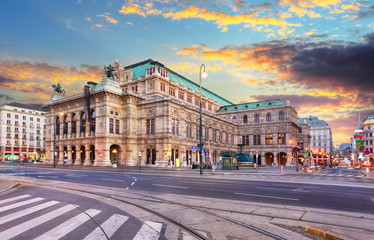 State Opera at sunrise - Vienna - Austria