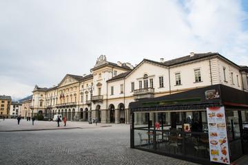 アオスタ 市庁舎(イタリア ヴァッレ・ダオスタ州)