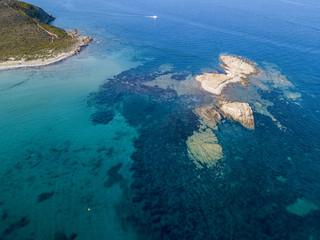 Vista aerea delle isole di Finocchiarola, Mezzana, A Terra, Penisola di Cap Corse, Corsica. Mar Tirreno, Isole disabitate che fanno parte del comune di Rogliano. Francia