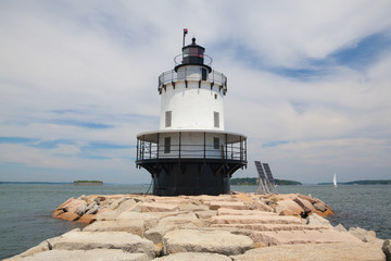 Portland Breakwater Lighthouse (Bug Light) is a small lighthouse at the south Portland Bay, Portland, Maine, USA.It was built in 1875 and is one of Maine's most elegant lighthouses.