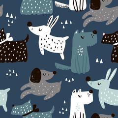 Modèle sans couture enfantin avec des chiens dessinés à la main. Fond de vecteur scandinave à la mode. Parfait pour les vêtements pour enfants, le tissu, le textile, la décoration de chambre d& 39 enfant, le papier d& 39 emballage