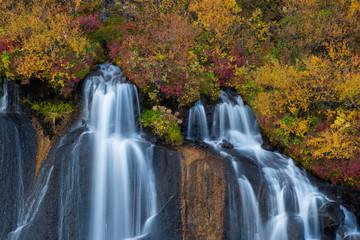 Wall Mural - Cascadas en otoño