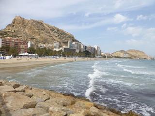 Playa de Alicante,ciudad costera de la Comunidad Valenciana en España