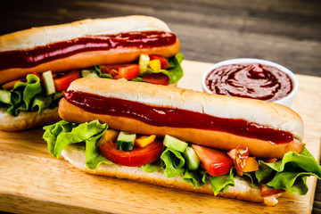 Hot dogs on cutting board
