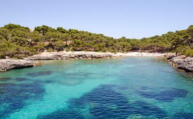 Fototapete - Urlaub auf Trauminsel Mallorca: Auszeit, Ruhe, Meditation, Entspannung: Schöne Landschaft mit Aussicht am Meer :)