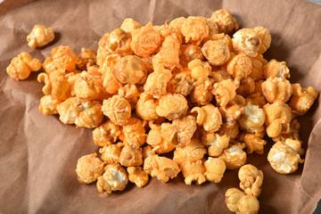 Caramel cheddar cheese popcorn