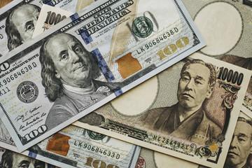 日本円と米ドル