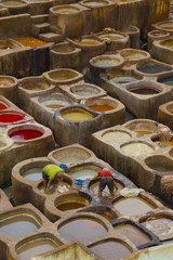 Painting the leather in Fez