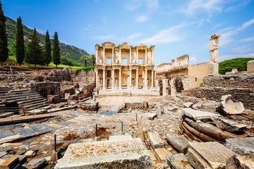 Foto auf Acrylglas Ruinen Celsus library in Ephesus, Turkey