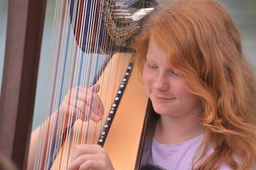 Handhaltung Harfe