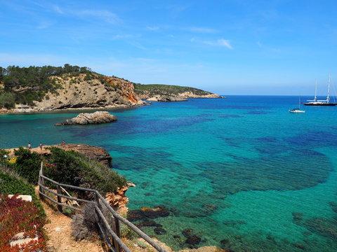 Ibiza - Bucht in der Nähe von Portinatx