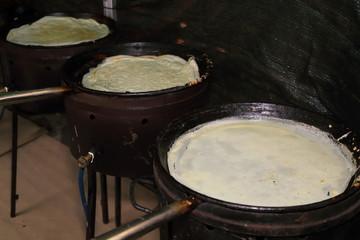 preparazione borlenghi specialità di modena