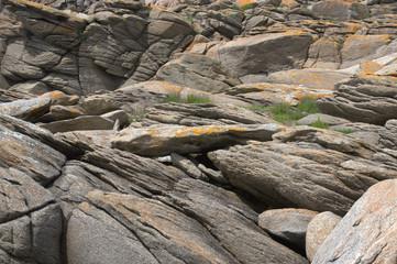 paysage sauvage de rochers, à l'île d'yeu