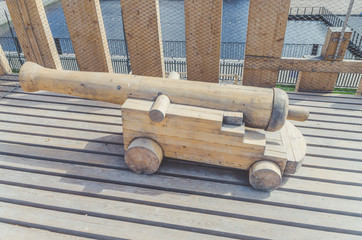 pirate artillery cannon out of wood
