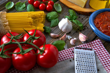 Italian Spaghetti pasta cheese tomato garlic basil