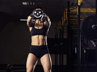 Woman doing her kettlebell exercise