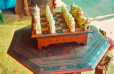 Burmese chess set, Inn Thein, Myanmar