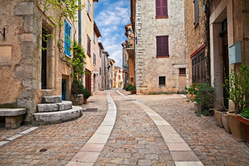 Mons, Var, Provence, France: cityscape of the ancient village