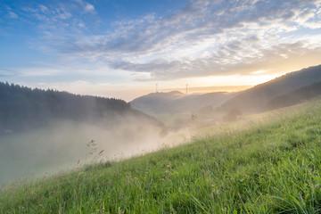 Fototapete - Sonnenaufgang am Landwassereck