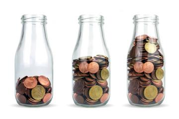 Vermögensaufbau - Vermögenswachstum - Rendite - Geld in Flaschen