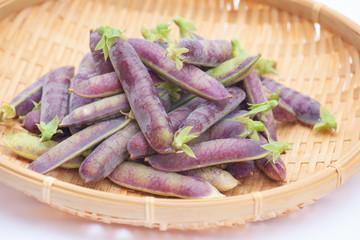紫色のさやの豆