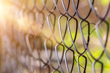 Fence netting, concept of limit for a fence to be locked.