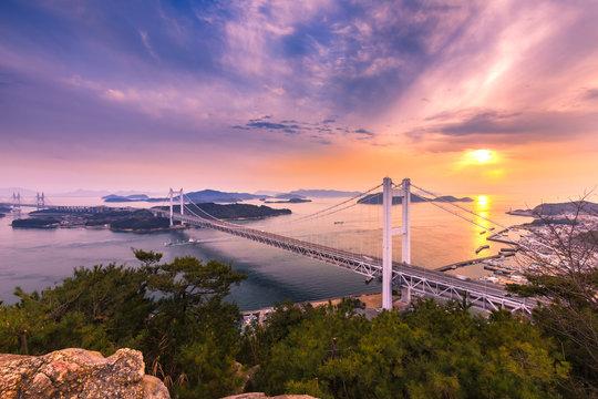 瀬戸大橋の夕景