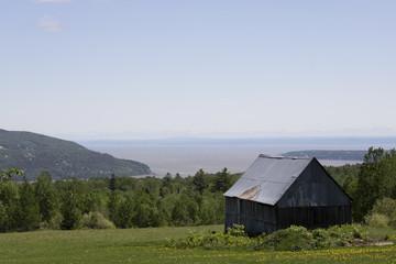 Paysage Baie Saint Paul, Fleuve Saint Laurent, Québec Canada