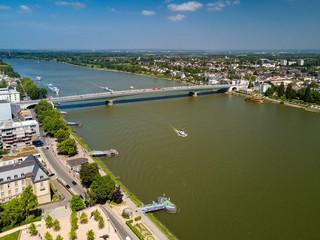 Blick zur Kennedy-Brücke in Bonn