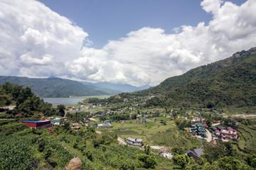 Landschaft mit See: Pokhara, Phewa