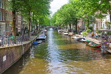 Idyllische Gracht in Amsterdam