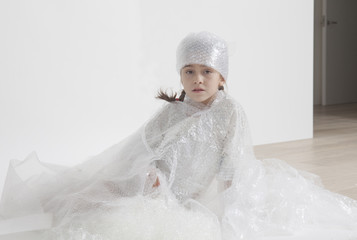Bubble wrap, little girl