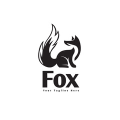 Sitting fox logo with look back