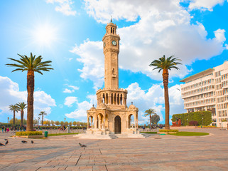 Papiers peints Con. ancienne Izmir clock tower. The famous clock tower became the symbol of Izmir