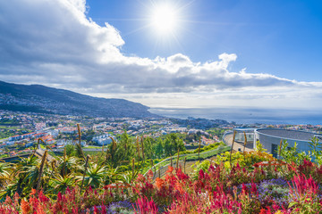 Panoramic view over Funchal, from Pico dos Barcelos viewpoint,.Madeira island, Portugal Fototapete