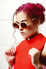 lady in sunglasses