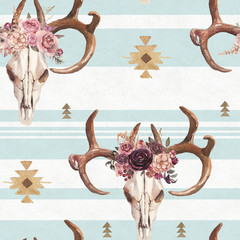Watercolor boho seamless pattern of deer skull with antlers & floral arrangement on white blue background. Native american decor, print element, tribal bohemian navajo, Indian, Peru, Aztec wrapping