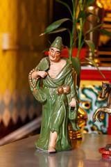 タイ バンコク:タイ中国寺 セクシーな酔っ払いの神 Thai-Chinese Temple Lao Bun Thao Gong Shrine ศาลเจ้าเล่าปูนเถ้ากง