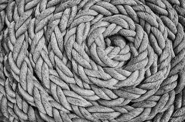 In de dag Schip Black and white close up picture of an old sailing ship rope.