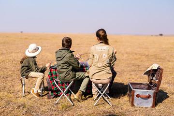 Family safari breakfast