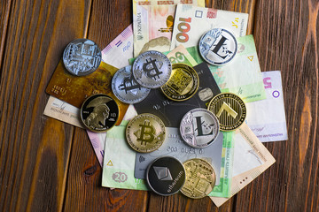 cryptoneyettes, credit cards and traditional money