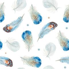 Boho aquarelle transparente motif de plumes sur fond blanc. Décor amérindien, élément d& 39 impression, navajo bohème tribal, emballage indien, Pérou, aztèque.