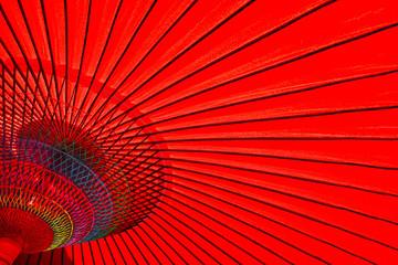 赤い番傘のクローズアップ