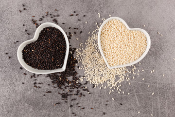 Black and white sesame seeds.