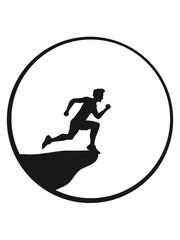 klippe mond nacht springen selbstmord suizid sport rennen sprinten schnell ausdauer training joggen laufen mann walken wettrennen fitness cool