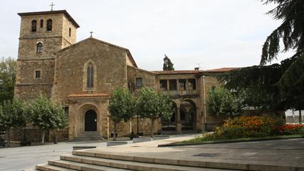 Iglesia de San Nicolás de Bari en Avilés, Asturias, España