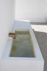 ca?o de agua     15/5000 water pipe Sugerir un cambio