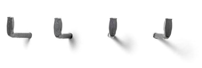 Freigestellter Nagelhaken aus unterschiedlichen Perspektiven